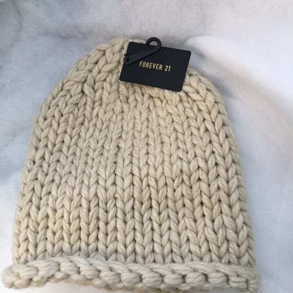 7a268c83c1d69 Forever 21 Knit Beanie Winter Hat New